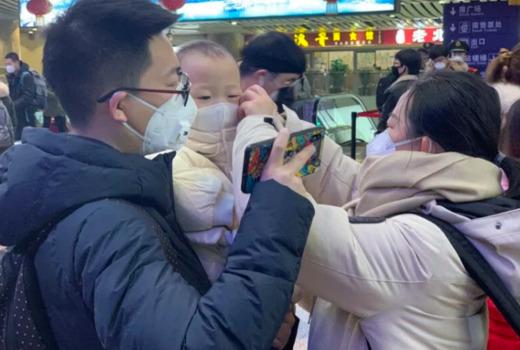 Возраст умерших от коронавируса в Китае